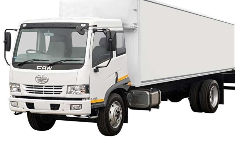 Truck FAW Van body 15.180FL: 8-Ton 2017