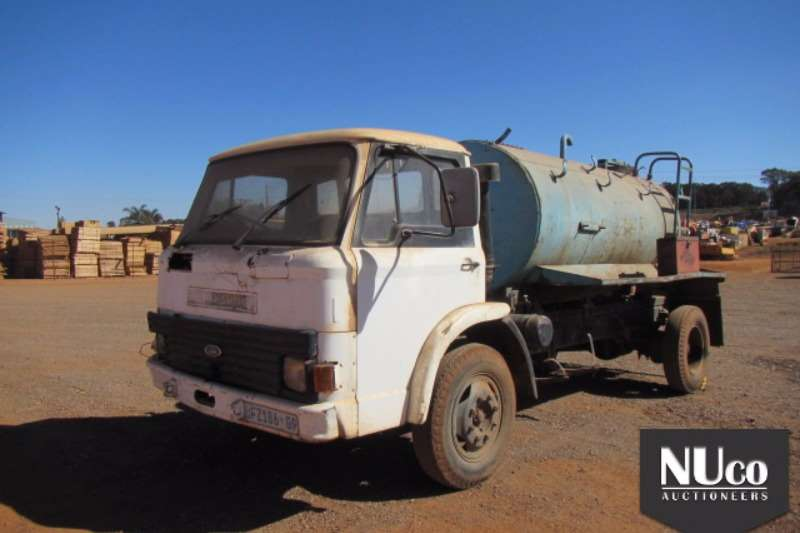 Truck Ford Water Tanker FORD 8000L WATER TANKER 0