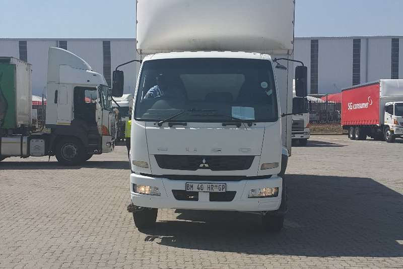 Fuso Curtain side 8 ton Fuso curtain side Truck