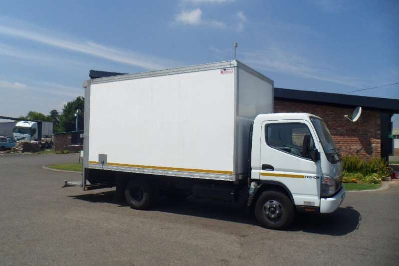 Fuso Insulated body 2013 FUSO CANTER FE6 - 109 TD WITH INSULATED BODY Truck