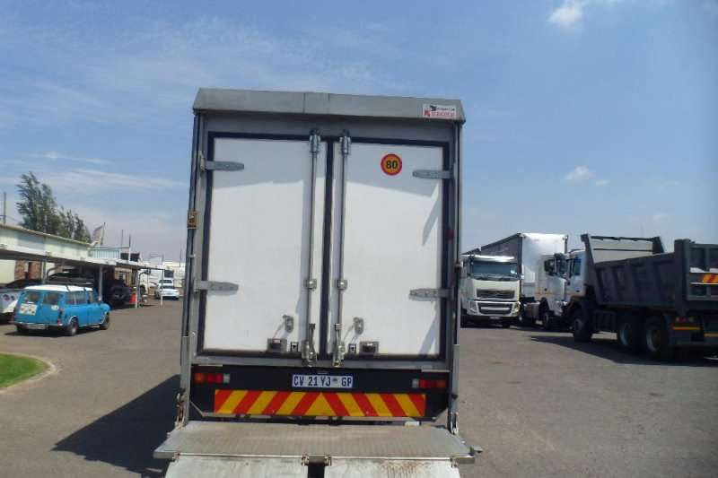 Fuso Insulated fridge unit 2013 FUSO CANTER FE6 - 109 TD WITH INSULATED BODY Truck