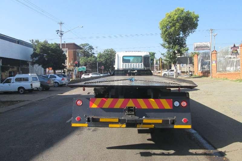 Fuso Roll back FV26 420 Truck