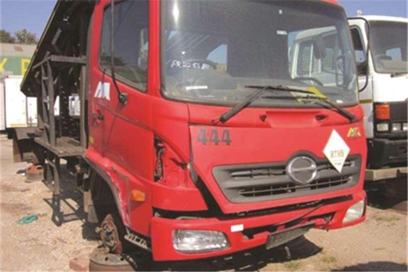 Hino 10-176 Truck