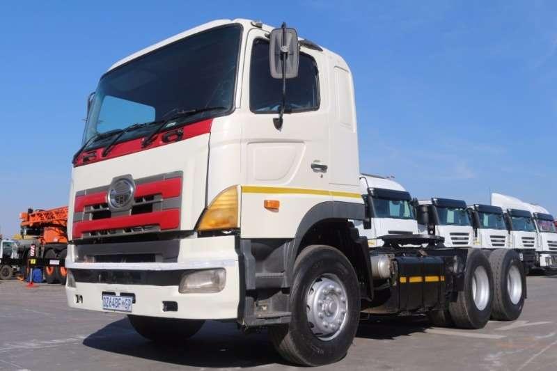 Truck Hino 700 Profia 57-450 6x4 Horse 2005