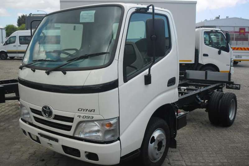 Hino Chassis cab Dyna 4 093 Truck