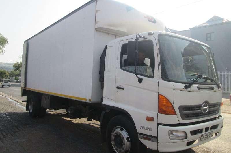 Truck Hino Closed Body 1626 2013