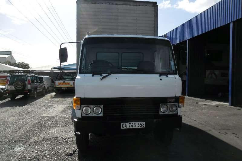 Hino Closed body Hino FF Truck