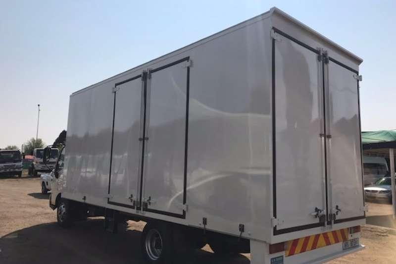 Hino Closed body HINO300 815 BOX BODY Truck