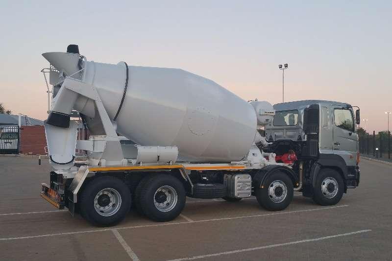 Hino Concrete mixer HINO 3541 8X4 MIXER Truck