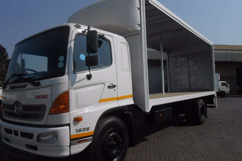 Hino Curtain side HINO 500  1626 TAUTLINER WITH TAIL LIFT Truck