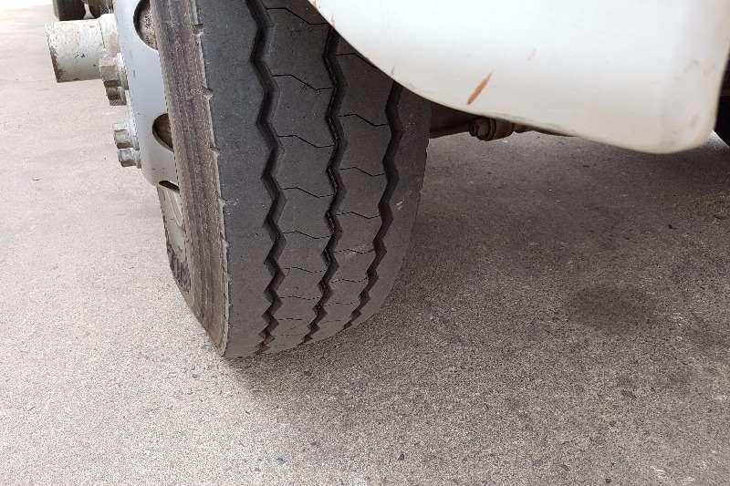 Hino Dropside 15 257 Truck