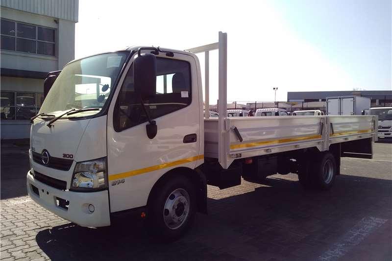 Hino Dropside 300 814 Truck