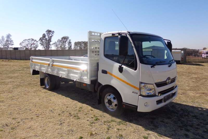 Truck Hino Dropside 300-814 DROPSIDES 2015
