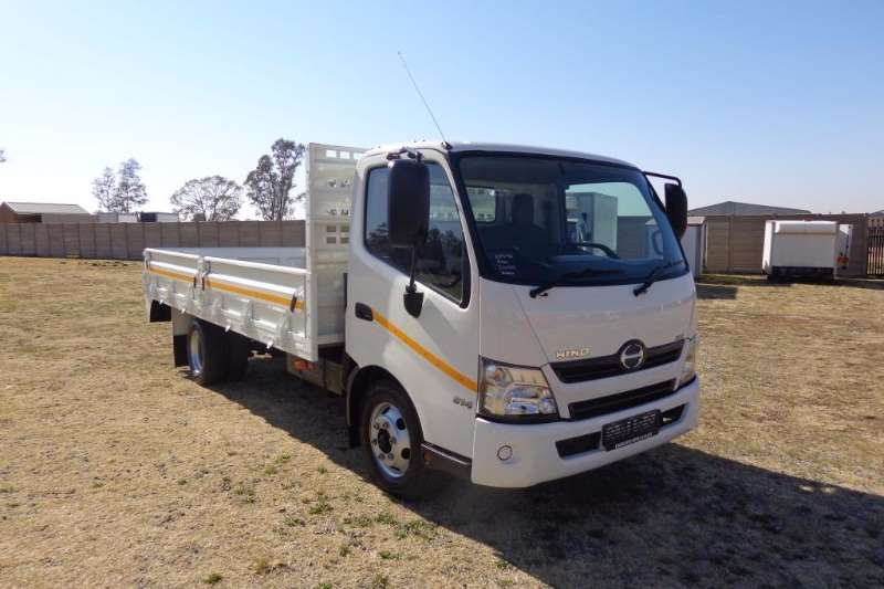 Hino Dropside 300-814 DROPSIDES Truck