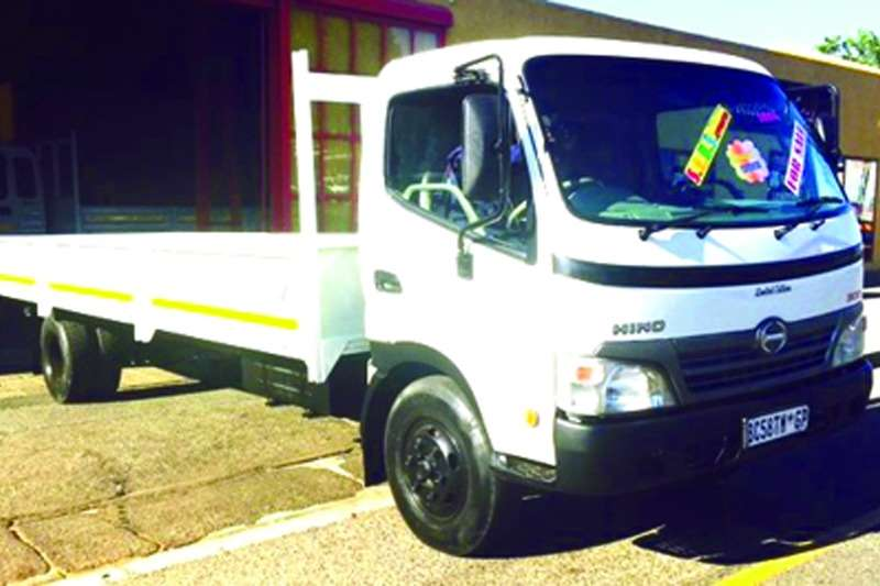 Truck Hino Dropside 815 4.5 Drop side 2011
