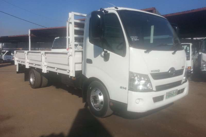 Hino Dropside HINO 300 814 S/AXLE LWB Truck