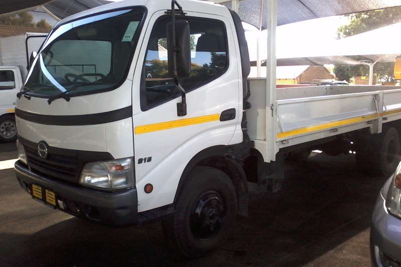 Truck Hino Dropside Hino 915 4 Ton Drop side 2010