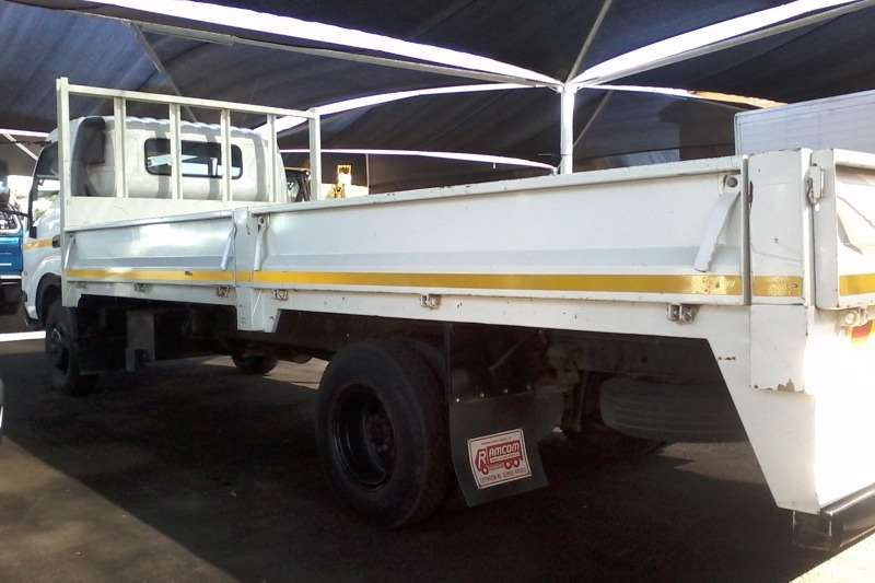 Hino Dropside Hino 915 4 Ton Drop side Truck