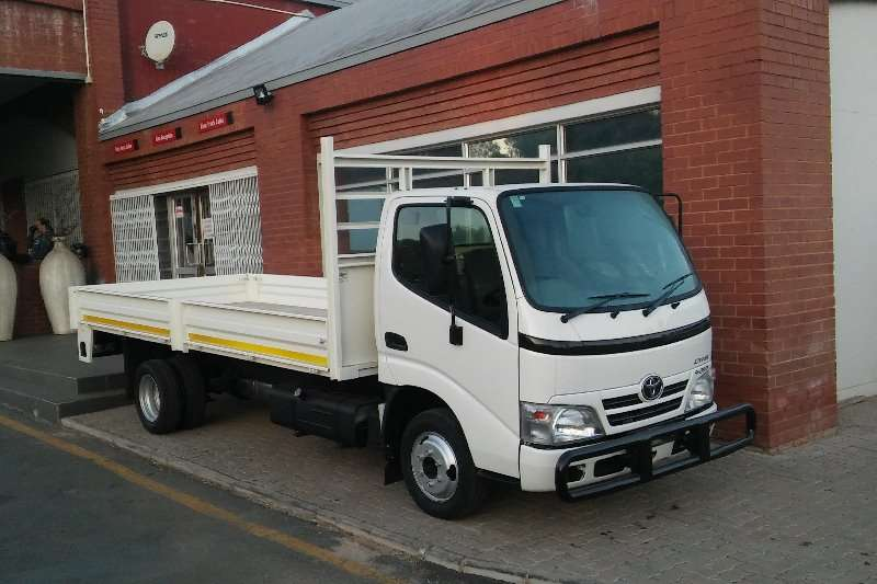 Hino Dropside Toyota Dyna 4-093 Driving School unit Truck