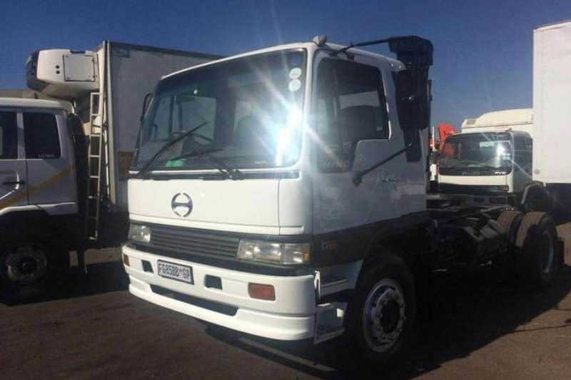 Truck Hino F-SERIESS WITH 2 AXLE TRAILER 1997