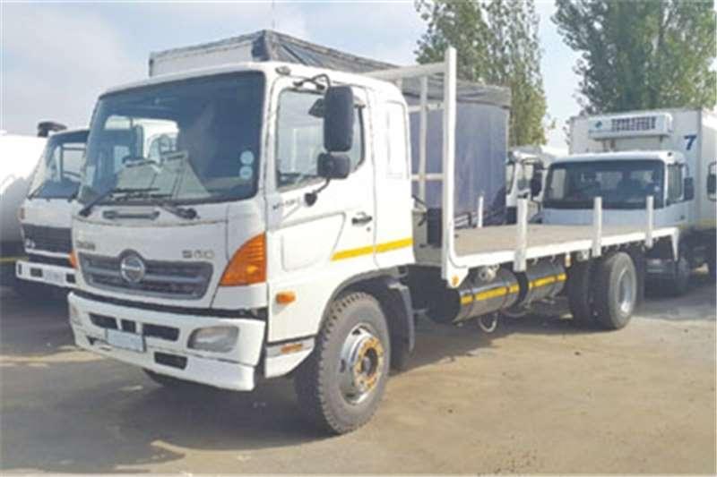 Hino Flat deck Hino 500 flatdeck Truck