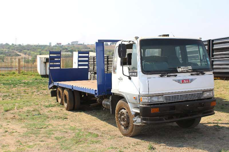 Truck Hino Flat Deck Hino ranger 12 ton flat deck with ramps 0