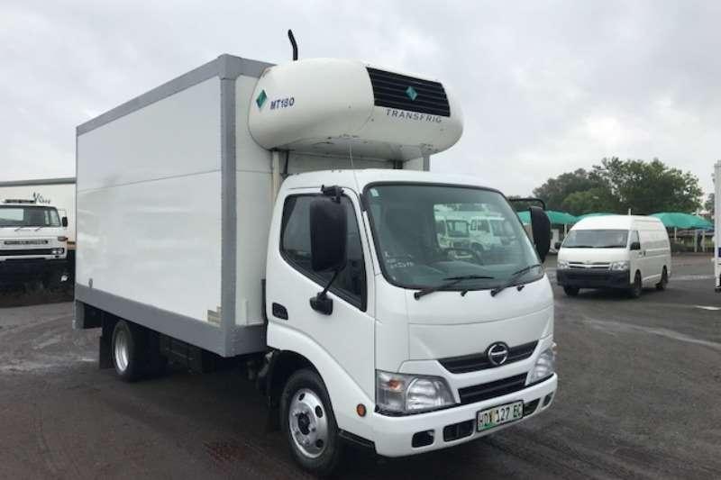 Hino Fridge truck HINO 300 614 FRIDGE BODY WITH UNIT Truck