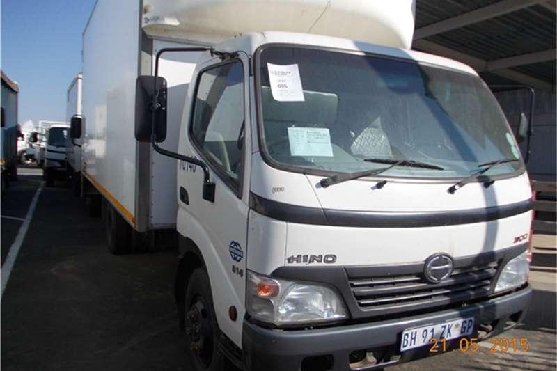 Hino Other HINO 4T 300 C/BODY Truck