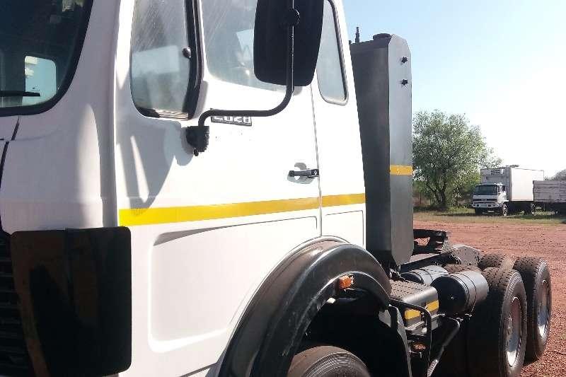 Hino Other Hino With Crane Truck
