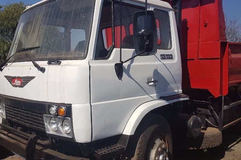 Hino Tipper Hino 13 133 6 cube tipper Truck