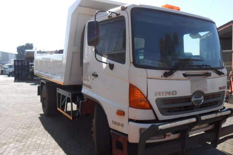 Hino Tipper HINO 500 1324 6 CUBE TIPPER Truck