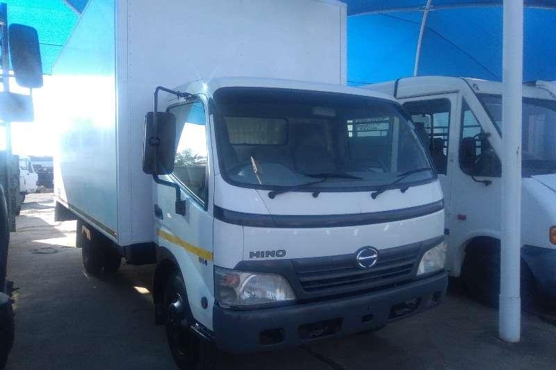 Hino Van body 814 Volume Van Truck