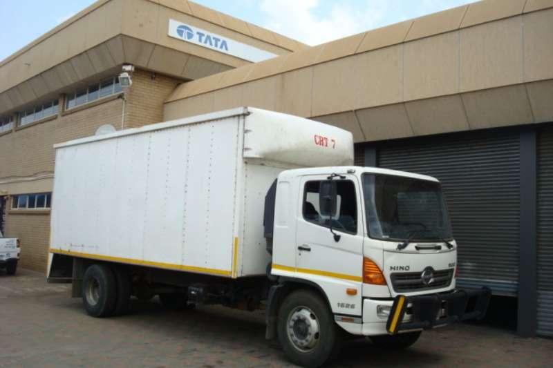 Hino Volume body 2013 HINO 5001626 VOLUME BODY Truck