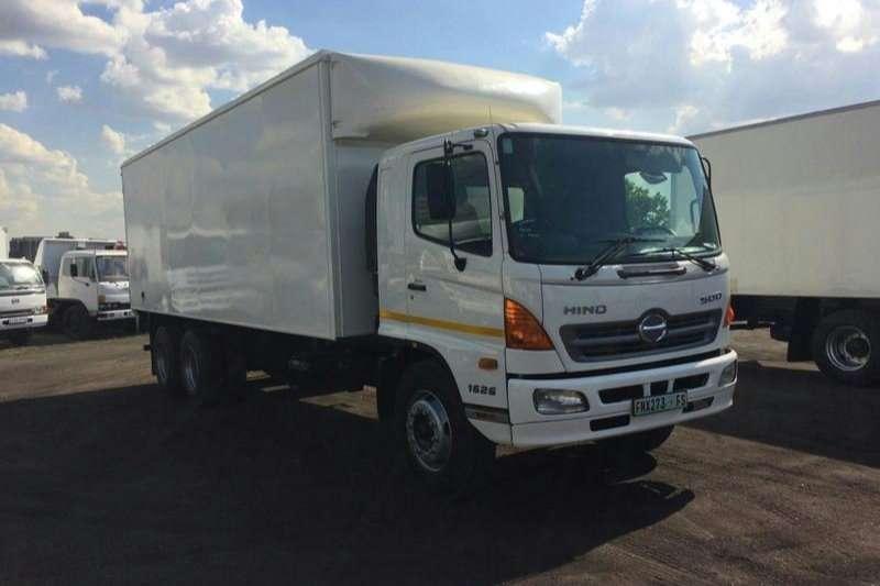 Hino Volume body SUPER F   1626 DOUBLE DIFF Truck