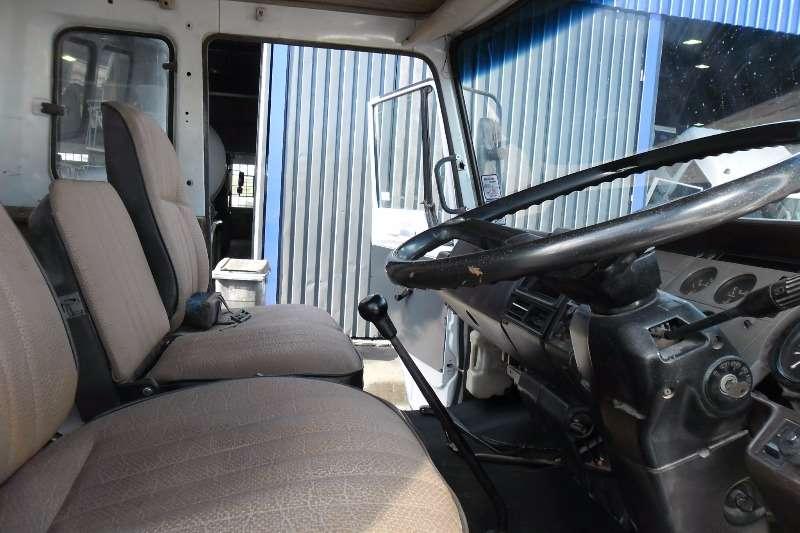 Hino Volume body Volume Body Truck