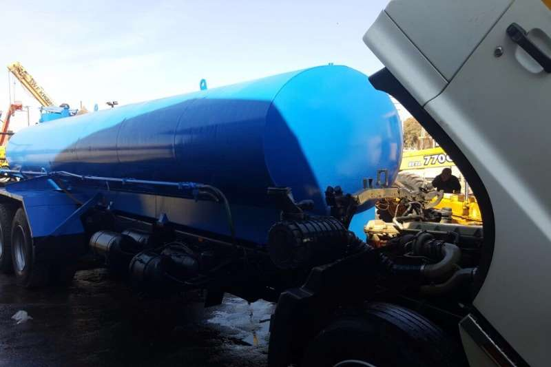 Hino Water tanker Hino 500 15-247 Truck