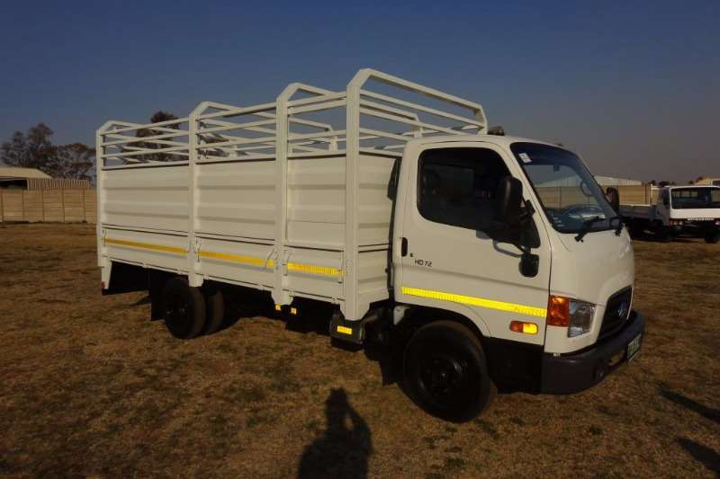 Truck Hyundai Cattle Body HD72  CATTLE BODY 2014
