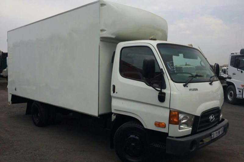 Truck Hyundai Closed Body HD72 2012