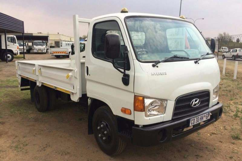 Hyundai Dropside 2012 HYUNDAI HD65 5 METER DROP SIDE BODY Truck