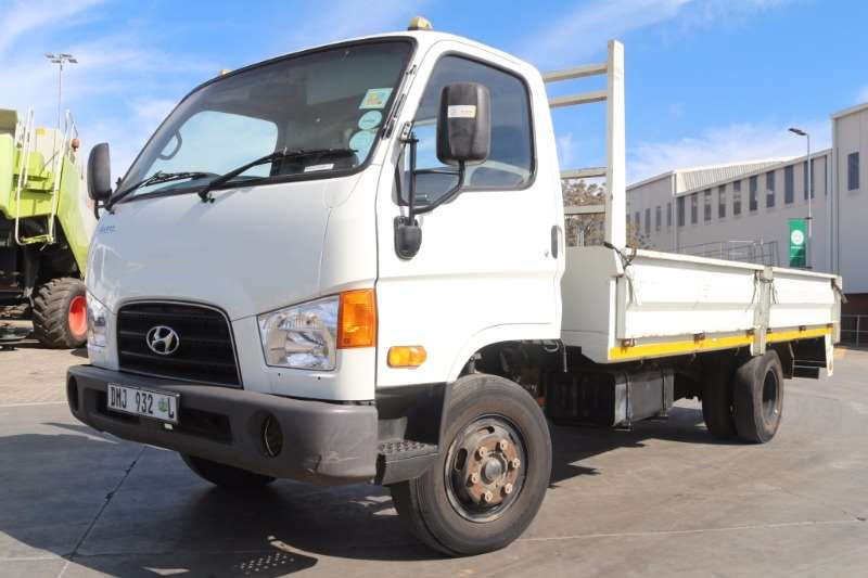 Truck Hyundai Dropside Mighty HD72 Dropside 2015