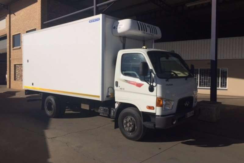 Truck Hyundai Fridge Truck Mighty HD72 with Transfrig KV760 fridge unit 2015