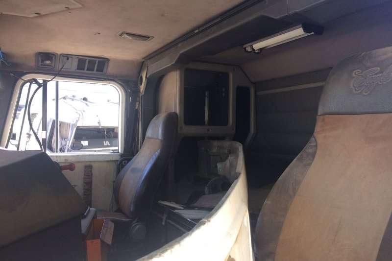 International International 9800 S/B CAB ONLY Truck