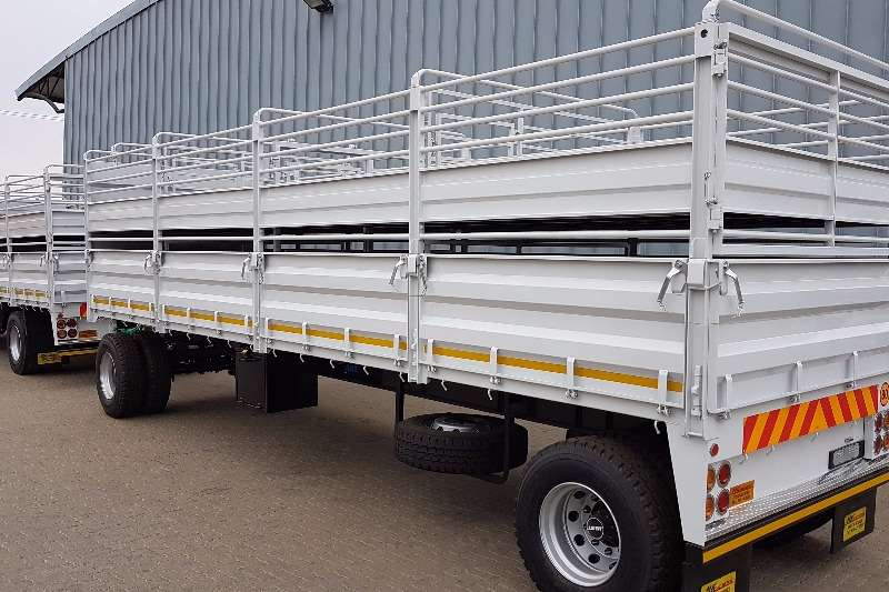 Isuzu Cattle body 17-360 Double deck Skaap / Bees bak 7.5 Meter bak Truck