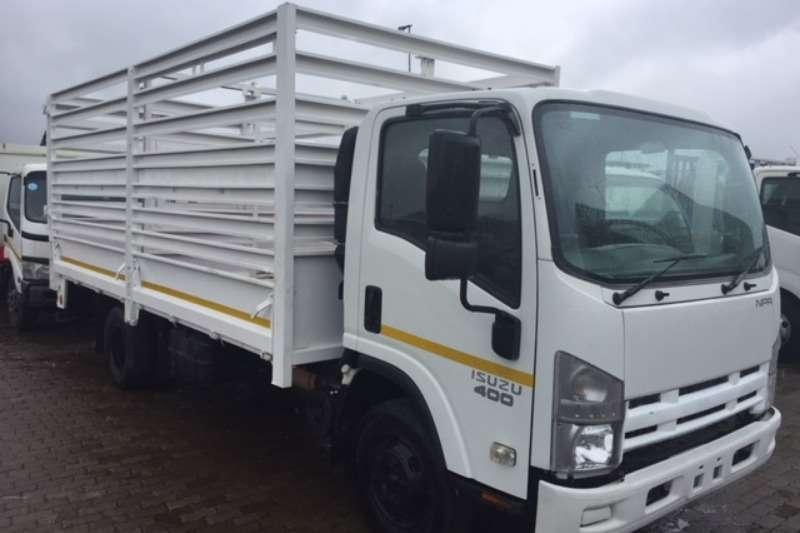 Isuzu Cattle body ISUZU NPR 400 CATTLE BODY Truck