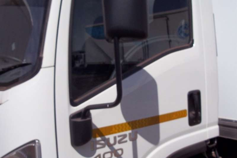 Isuzu Chassis cab NPR 300 Truck