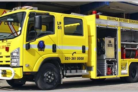 Isuzu Chassis cab NPR 400 Crew Cab AMT Truck