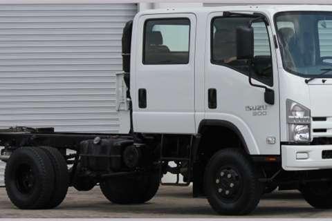 Isuzu Chassis cab NPS 300 4x4 Crew Cab SWA Truck
