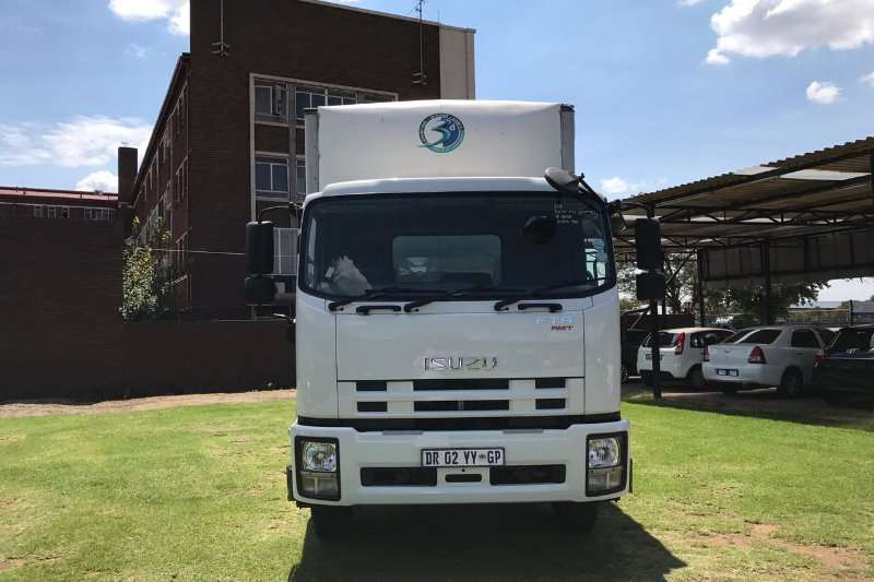 Isuzu Closed body FTR AMT 850 (2 TO CHOOSE FROM) Truck