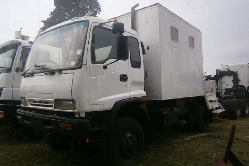 Truck Isuzu Closed Body FTS 750 2003