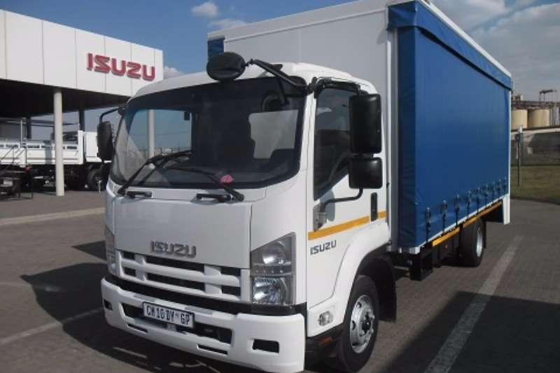 Truck Isuzu Curtain Side FRR 500 AMT 2012